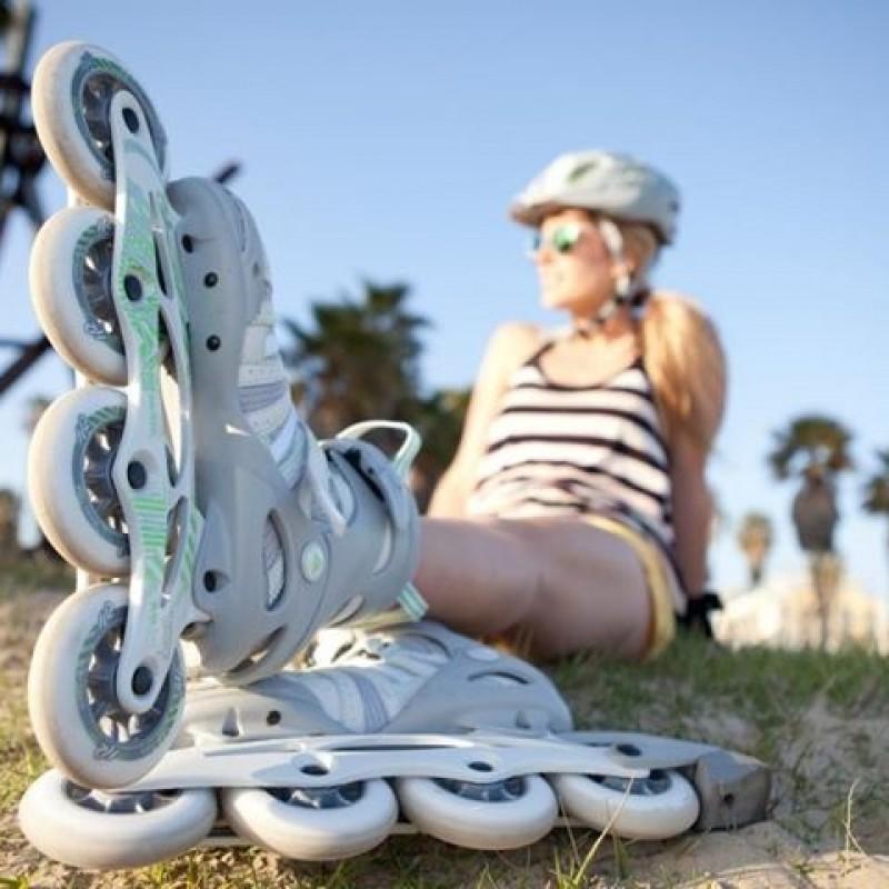 rollerblading girl
